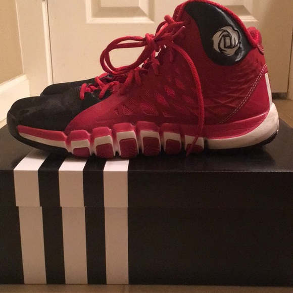 a79272233b89 ... adidas shoes derrick rose